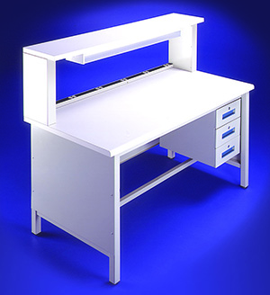 4-Leg Lista 7000 bench with shelf riser